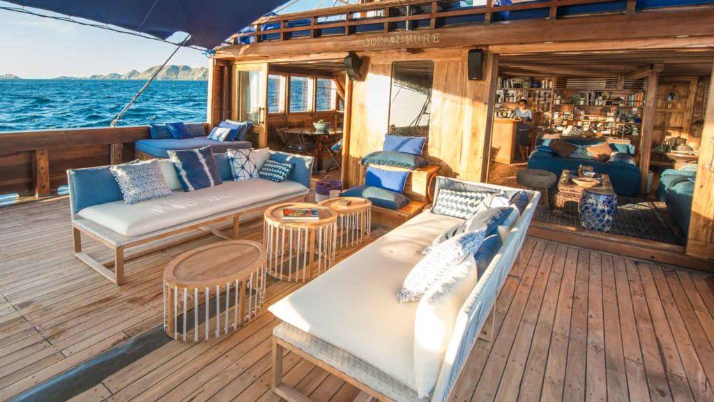 Komodo Boat Charter, Luxury Cruising Experience