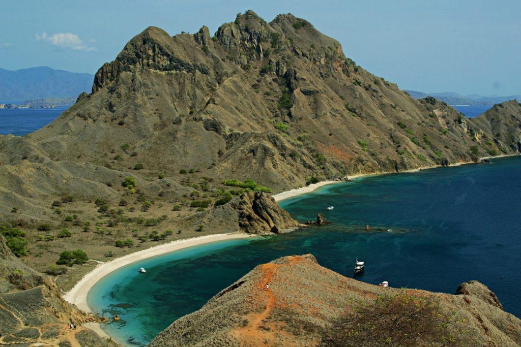 Flores Island Tour & What To Prepare