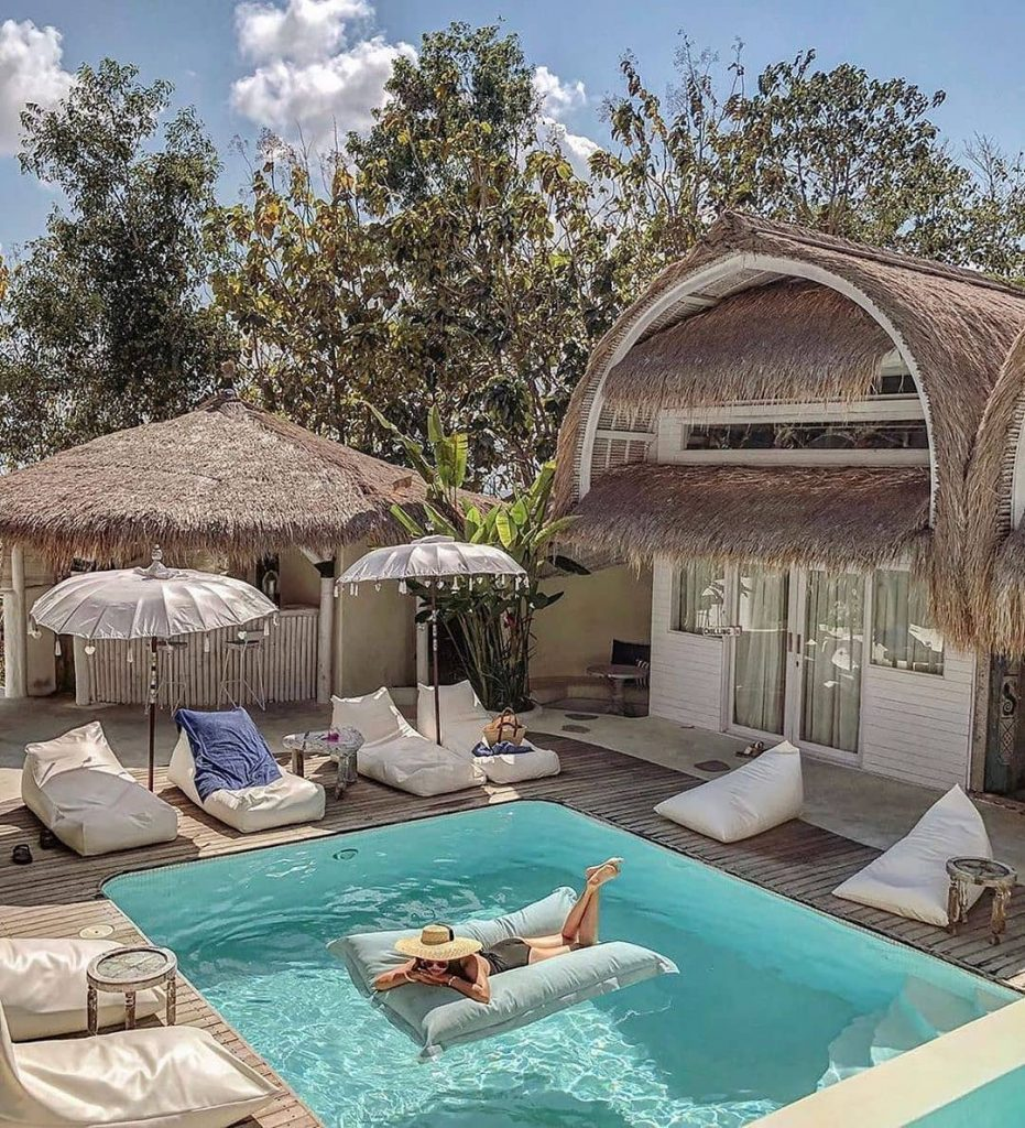 6 Must Read Tips for Booking Private Villa in Bali for Single Traveler